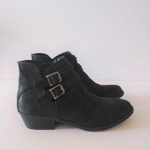 "Carlos Santana ""Laney"" Black Ankle Boots Low Heel"